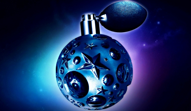 Thierry Mugler launches Angel Étoile des Rêves for Fall 2016 ...